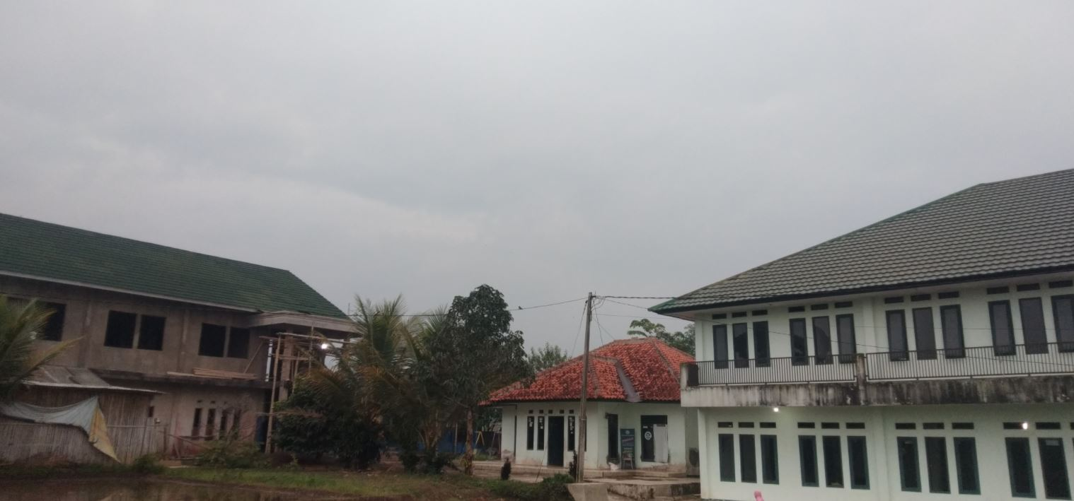 Wakaf Air Pesantren Desa Sabandar Kec. Karangtengah Cianjur