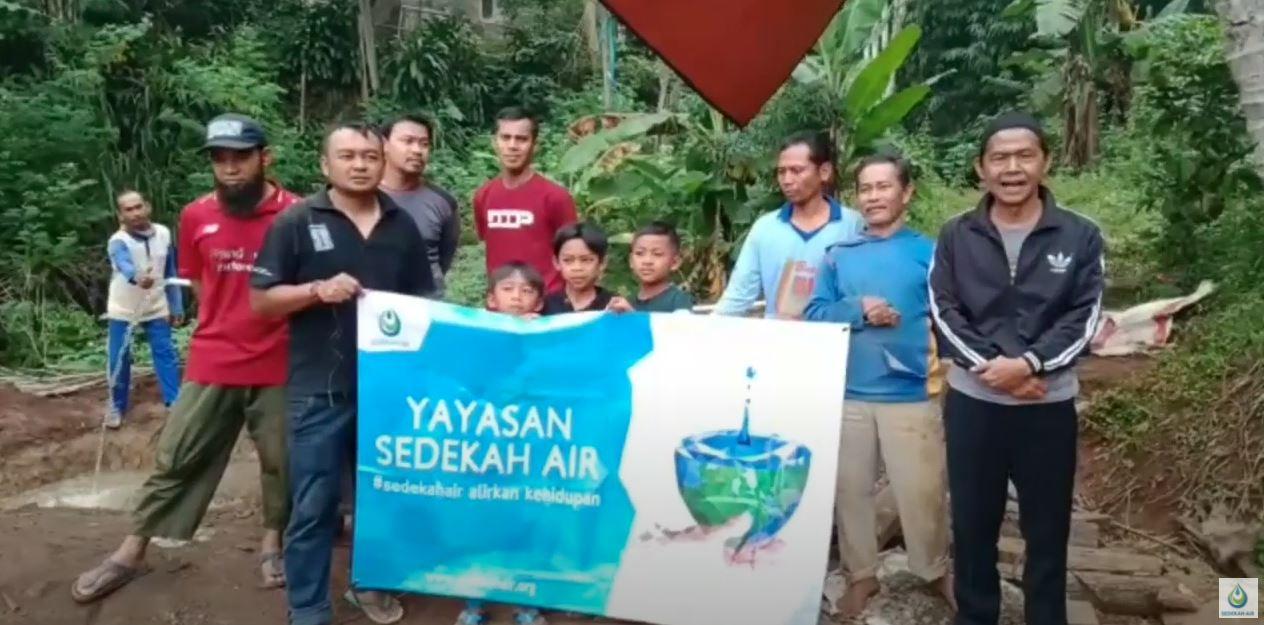 Wakaf Sumur Untuk Kampung Sentakdulang, Mekarmanik, Bandung